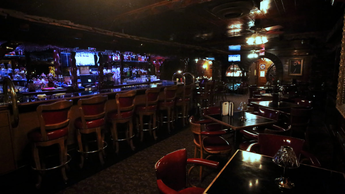 Cocktail lounge Inland Empire